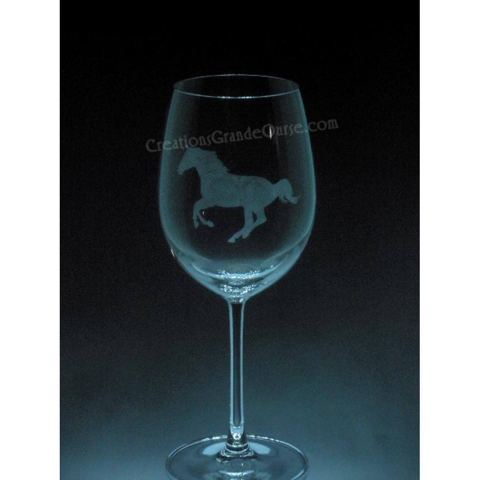 verre  u00e0 vin grav u00e9 cheval de course  cr u00e9ations grande ourse  gravure sur verre